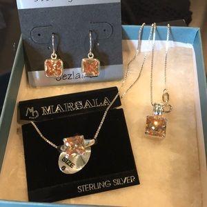 NWT 3 Piece Jewelry Set